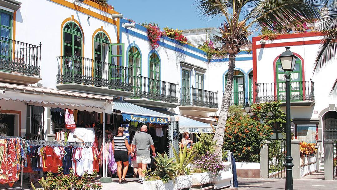 Puerto de Mogán Market by Boat